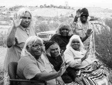 Kupa Piti Kungka Tjuta - Australia rogne redim 70p.jpg