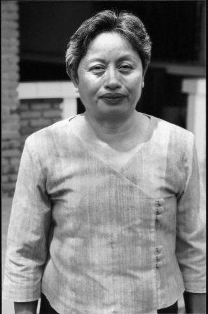 ny luangkhot   laos  she has